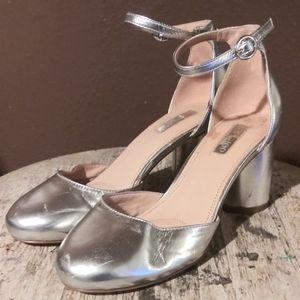 TOPSHOP-Metallic Heel
